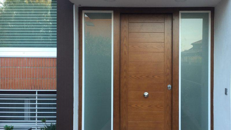 ¿Cómo saber si una puerta de seguridad está certificada?